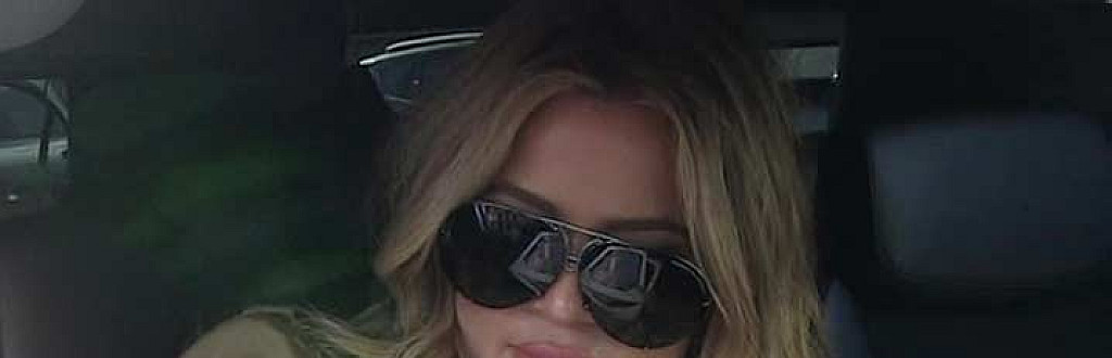 KHLOE KARDASHIAN CONTRACTS STAPH INFECTION AT LAMAR'S BEDSIDE